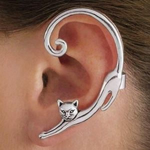 Jewelry - Cat ear cuff - silver tone